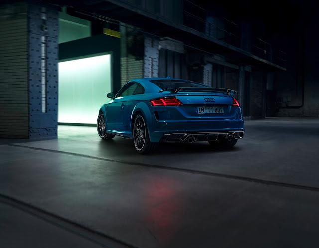 2021 - Audi TT Coupé e Roadster, il pacchetto S line competition plus