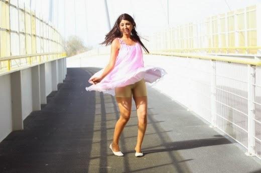 Akanksha Puri Hot Sext Tight Jeans Wet Saree Calendar Girl