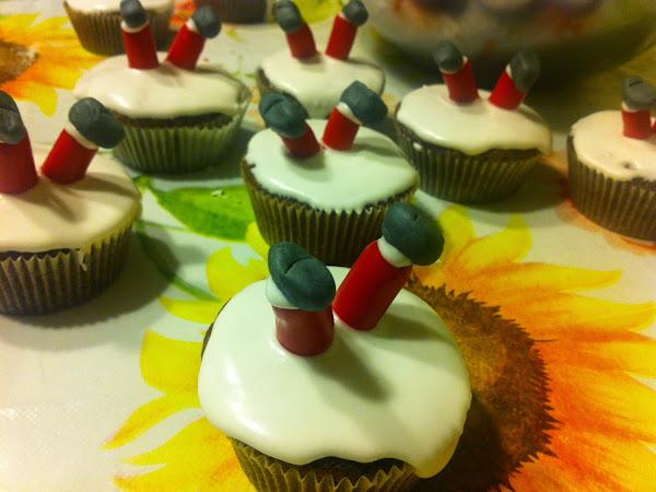 CHRISTMASY CUPCAKES ( XMAS DIY #24)