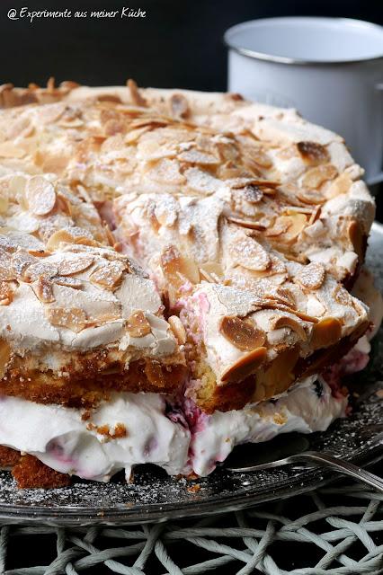 Beeren-Baiser-Torte | Rezept | Backen | Kuchen | Sahne