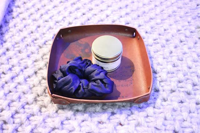 custom leather tray, customised leather valet tray, ocleatherworks review, ocleatherworks etsy, personalised leather gift, personalised leather gift ideas, leather gifts, leather engraving gift