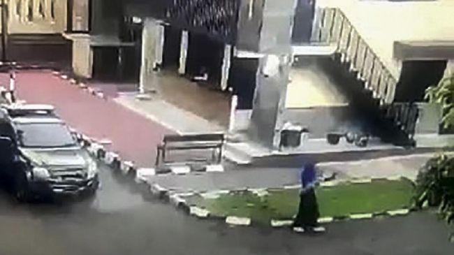 Kapolri Akhirnya Ungkap Cara Pelaku Teror Bisa Masuk ke Area Mabes Polri