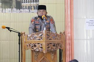 Anggota Propam Polda Sulsel, Dapat Kepercayaan Jadi Khatib Jumat di Mesjid Nurul Aqsa