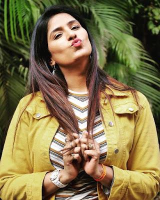 Poonam Dubey bhojpuri heroine