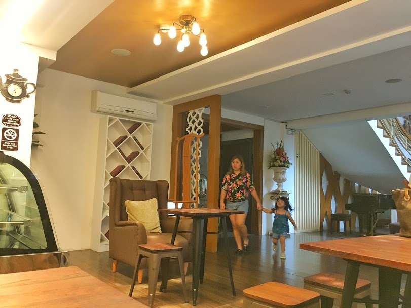 coffee shop in tagaytay