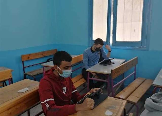 تحميل امتحان اللفة العربية التجريبي (اختبار مايو) للصف الثالث الثانوي 2021 pdf للتابلت