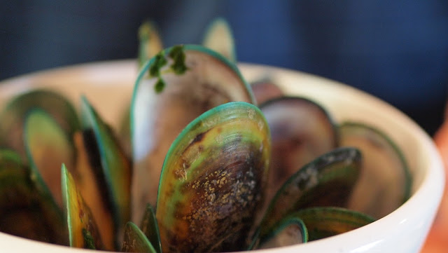 2 weeks in New Zealand road trip itinerary: Stop at Havelock for Green-lipped Mussels