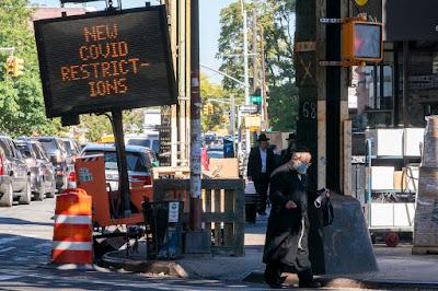 Casamentos judaicos aumentam casos de covid-19 entre ultraortodoxos em Nova York
