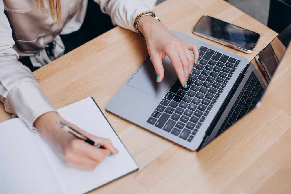 Writing Articles For Online Business Success