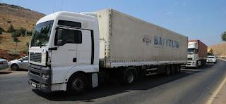 40 شاحنة مساعدات أممية تدخل إدلب عبر تركيا