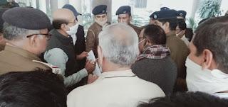 पूर्वोत्तर रेलवे कर्मचारी संघ ने महाप्रबंधक को माँगों का ज्ञापन सौंपा    #NayaSaberaNetwork