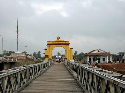 Bridge over the Ben Hai river
