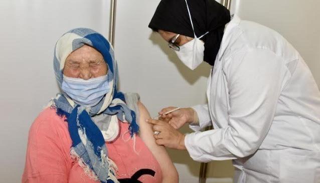 """خبير مغربي: اللقاحات في المغرب أقل فاعلية على """"المتحور الهندي"""""""