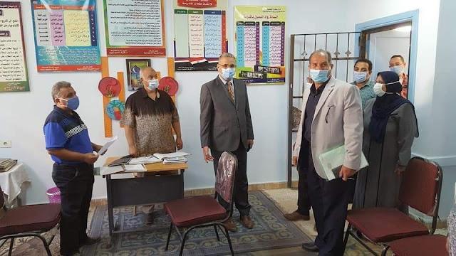 إحالة مسئولين بمدرسة طارق بن زياد الإعدادية بسوهاج للتحقيق بسبب امتناعهم عن تسليم الكتب للطلاب
