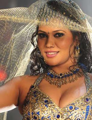 Seema Singh Photos