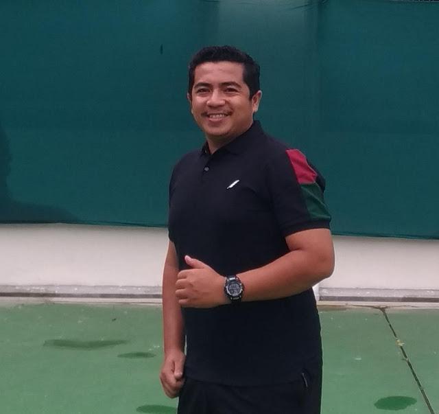 Latihan Teknik Dasar Tenis Menggunakan Bola Tenis Modifikasi Dimasa Pandemi - Oleh Rices Jatra, M.Pd (1)