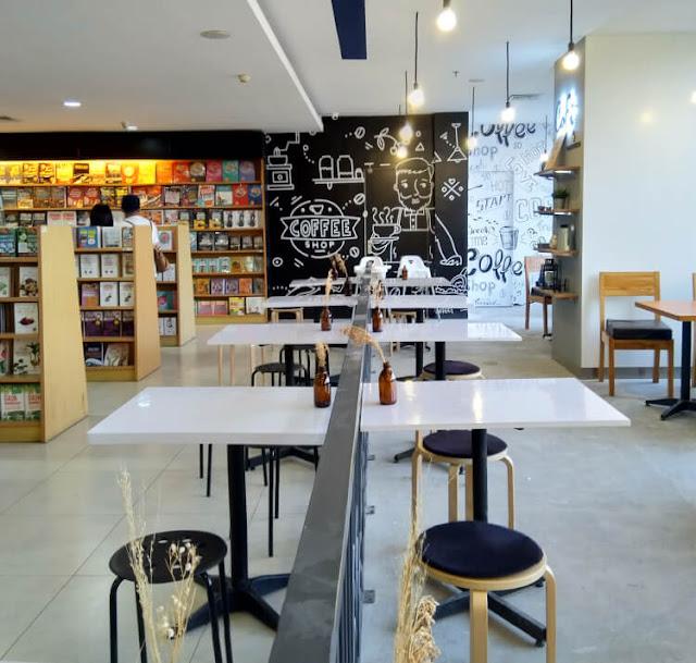 kedai kopi, toko buku, cofi by cozyfield