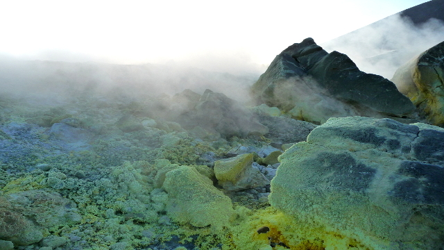 Sul cratere di Vulcano