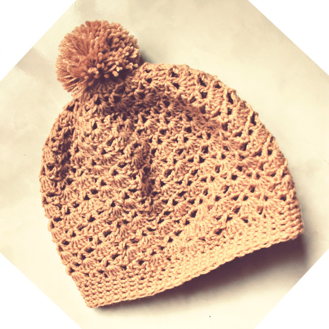 Shell and V-Stitch Crochet Hat