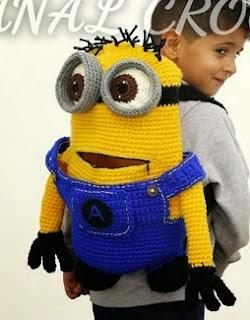 http://amigurumilacion.blogspot.com.es/2015/02/mochila-minions-crochet.html