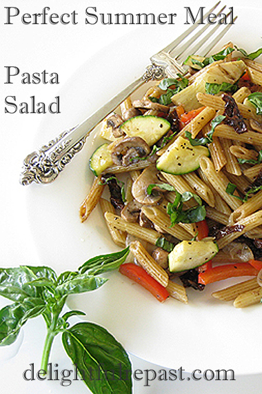 Main-Dish Pasta Salad - Perfect Picnic or Summer Meal / www.delightfulrepast.com