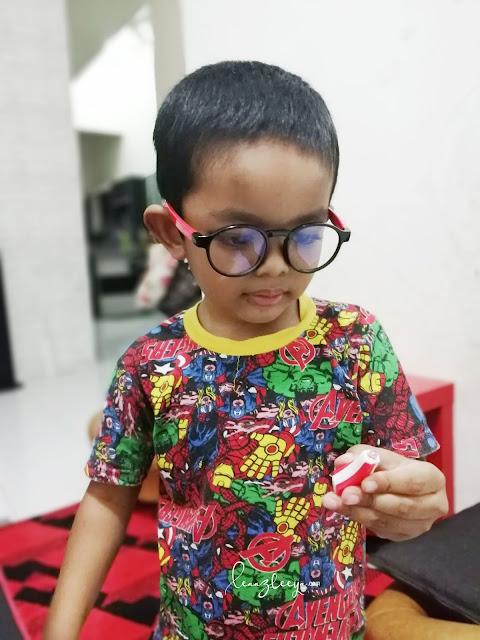 Lindungi Mata Anak Anda Dengan Cermin Mata Anti Blue Light SaferOptics