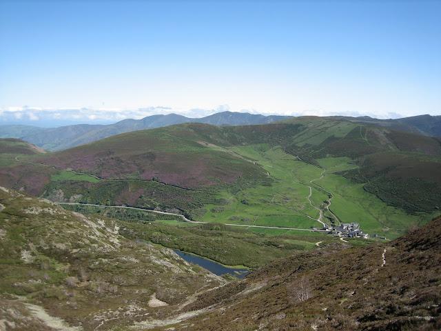Rutas Montaña Asturias: Vista de Leitariegos desde las inmediaciones de la cima del Cueto Arbás