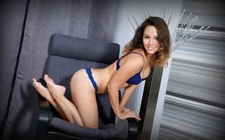 Naughty Lady - Sexy Naked Girl Arina F - 1