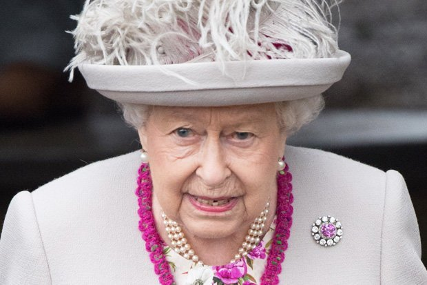 Outcry as trolls spread SICK hoax about Queen's death: 'RIP