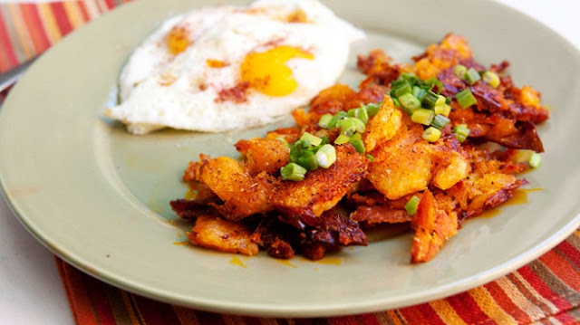 breakfast ideas with potatoes,smoky baked hash browns,diner style breakfast potatoes