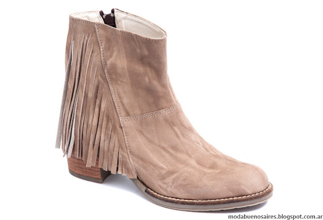 Botas invierno con flecos 2016 Traza Calzados. Moda invierno 2016 botas.