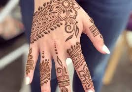 Download Gambar Henna Tangan Cantik Simple Kata Kata Bijak