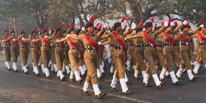 सैनिक स्कूलों में लड़कियों को प्रवेश की अनुमति, अब फिजाओं में गुजेंगे बहादुरी के किस्से