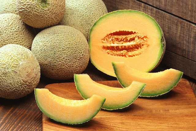 Cantaloupe : Health benefits of cantaloupe, nutritional facts and calories in cantaloupe, benefits for weight lose.