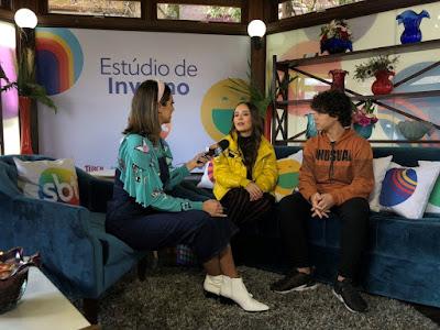 Mônica Fonseca com Larissa Manoela e Igor Jansen (Foto: SBT/Divulgação)