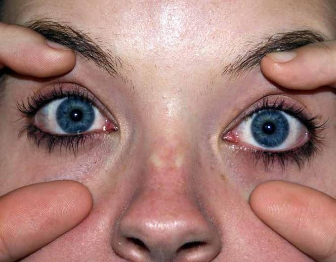 Abre os olhos!