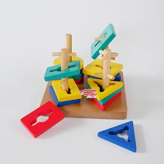Mainan Sortasi Anak Menara Kunci