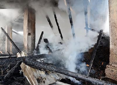 syekh masuk kristen, rumah dibakar
