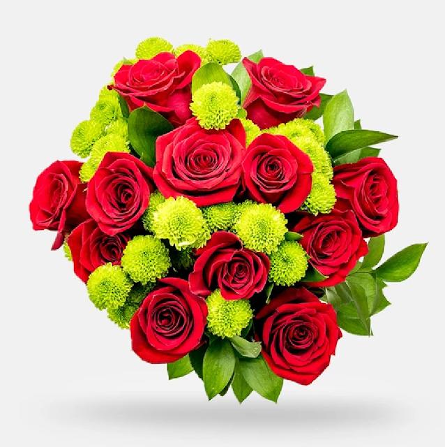 seikat bunga mawar dan bunga lain
