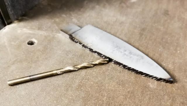 costruzione coltello pieghevole in corno