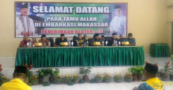 H.Marjani Sultan Wakili Bupati, Serahkan Resmi, JCH, Kab.Kep.Selayar, Ke PPIH Sulsel
