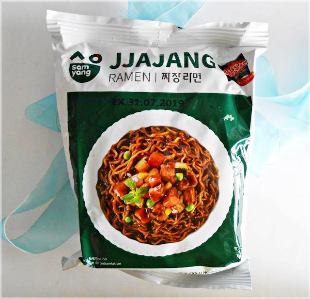 Samyang Jjajang instant noodles