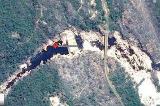 Corpo de homem que morreu afogado na Cachoeira da Donana é resgatado, em Andaraí