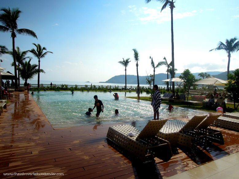 Costa Pacifica: the best luxury hotel in Baler