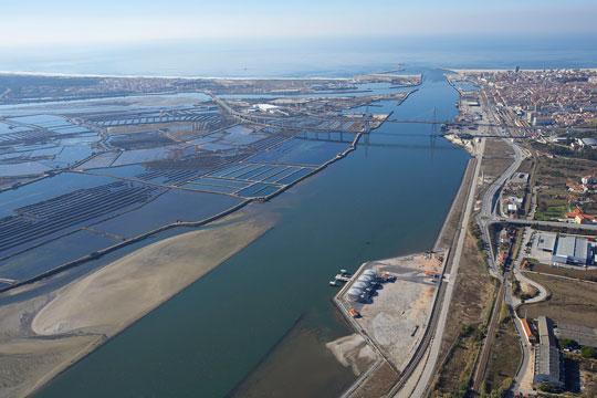 Aprofundamento e melhoria de acessibilidades do canal do Porto da Figueira da Foz
