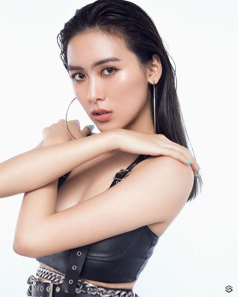 Angel Lamung - Studio Photoshoot
