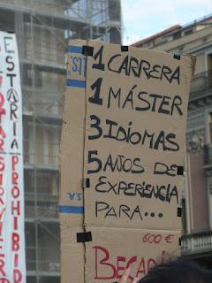 1 carrera, 1 máster, 3 idiomas, 5 años de experiencia para... 600€ Becario