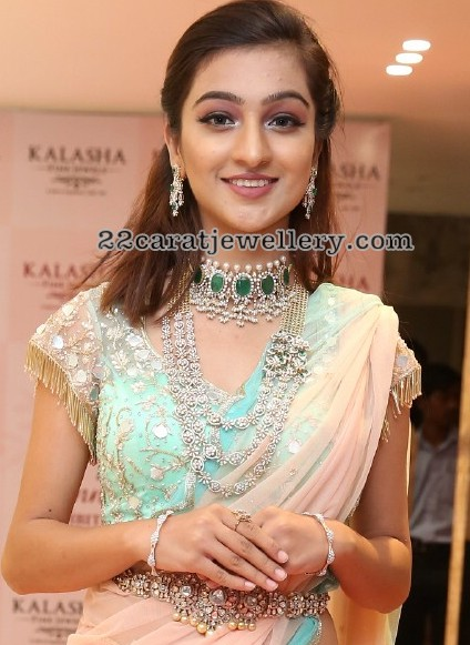 Insha Iqbal Diamond Jewellery