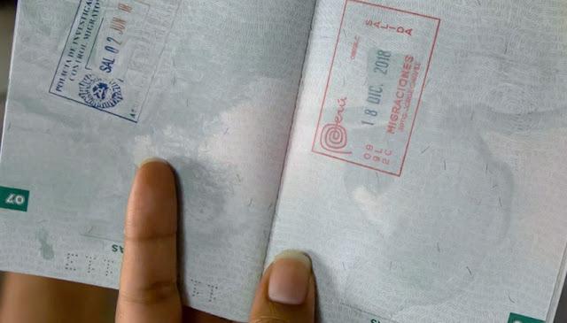 Migraciones Perú suspende el sellado de pasaportes