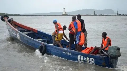 10 passengers rescued as boat capsizes in Lagos
